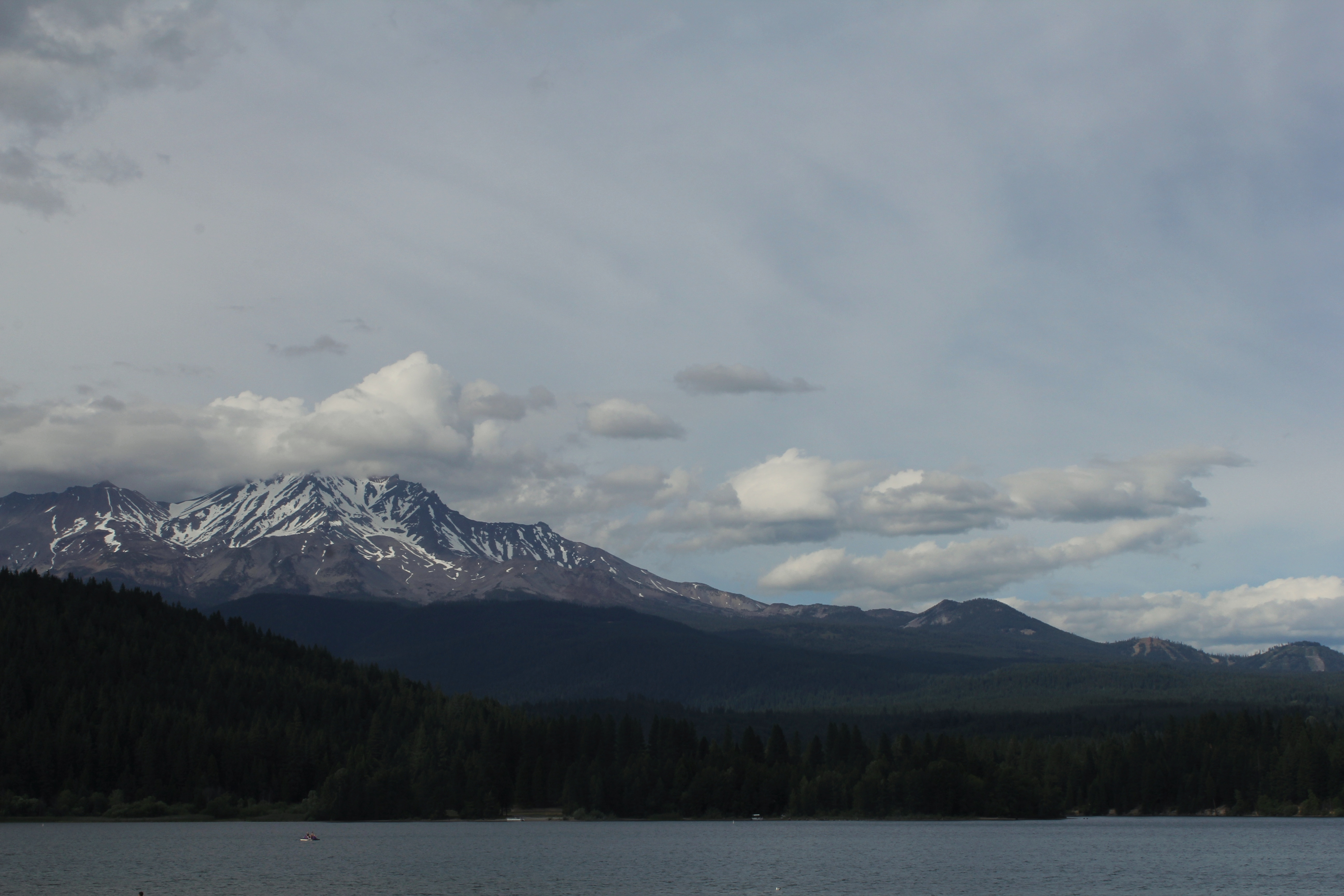 Lake Siskiyou and Mt Shasta in the background