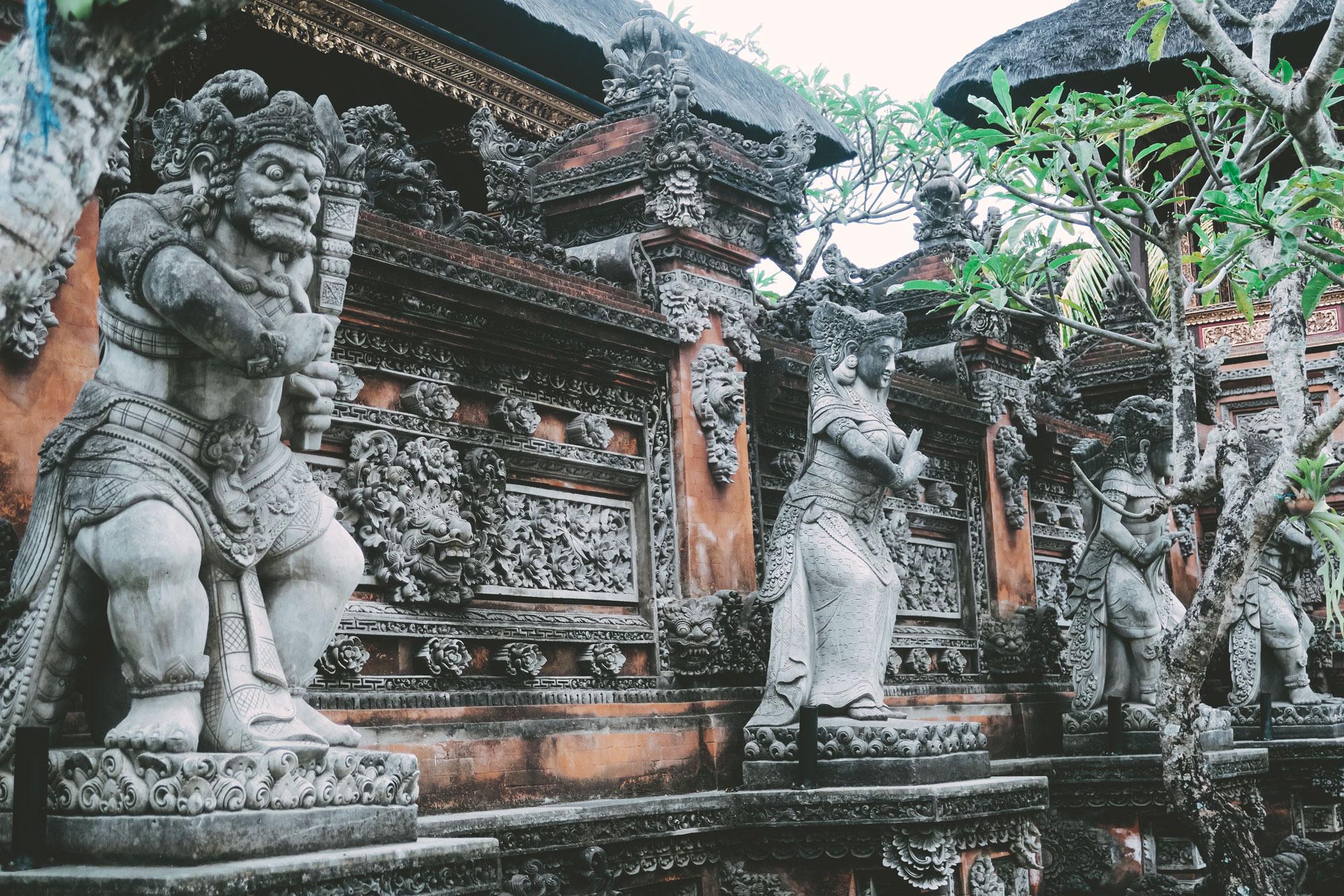 Temple Statues, Ubud