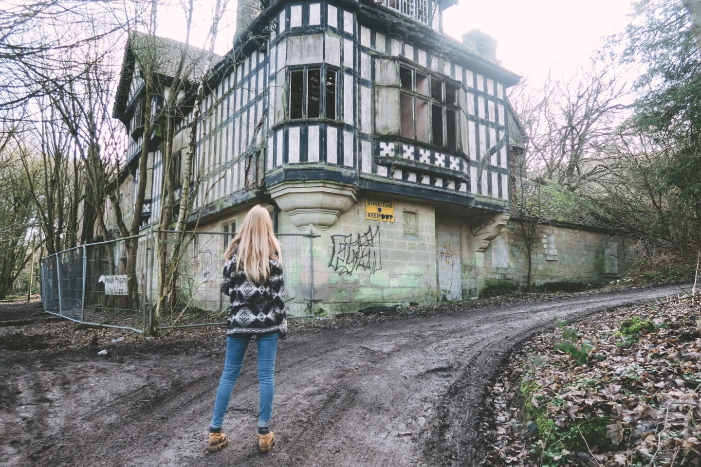 The Abandoned House, Shining Cliff Woods